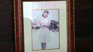 Broken Wedding Ring/ Sung by Hank Snow. YouTube Videos