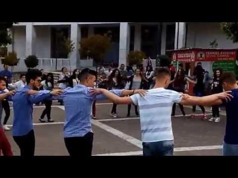 Sirtaki dance in Xanthi's Central Square
