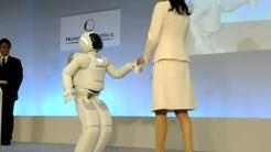Intelligenter Helfer: Roboter Asimo in Japan vorgestellt