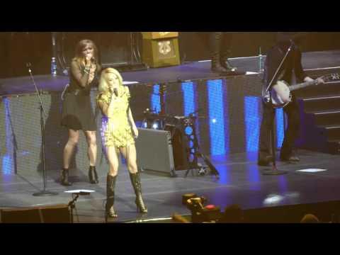 Carrie Underwood - Last Name/Somethin' Bad (C2C 2016, London)