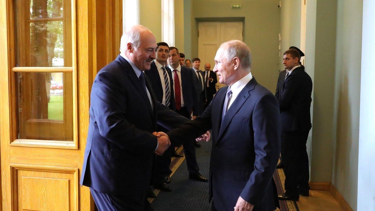 Путин и Лукашенко обсудили коронавирус. Лукашенко ждёт в гости лидеров СНГ