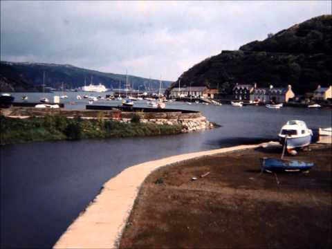 Lower Fishguard , Dyfed , South Wales