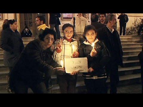 Tunisians hold vigils for victims of Bardo museum gun attack