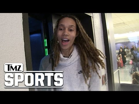 WNBA's Brittney Griner Says SCREW GILBERT ARENAS | TMZ Sports