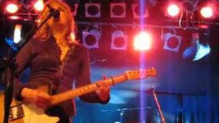 Lucinda Williams live - Real Live Bleeding Fingers...