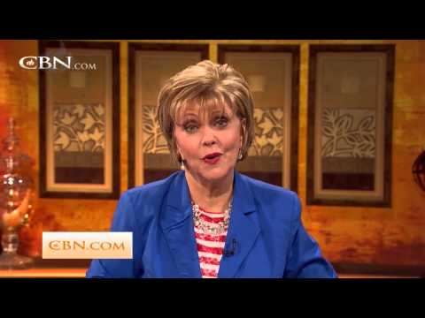 700 Club Interactive: All Star Parenting  - Nov.29, 2013