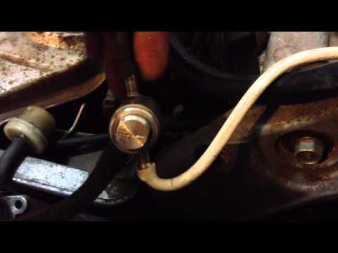 как открыть багажник Скутера Honda без ключа #10