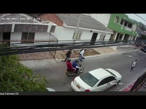En video queda registrado atraco en el barrio San Felipe