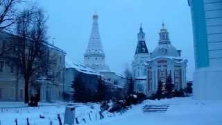 Перед вечерней службой в Свято-Троицкой Сергиевой Лавре, декабрь 2013 (3)(, 2013-12-16T18:30:43.000Z)