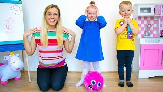 Head, Shoulders, Knees & Toes - Exercise Song for children by Alex and Gaby