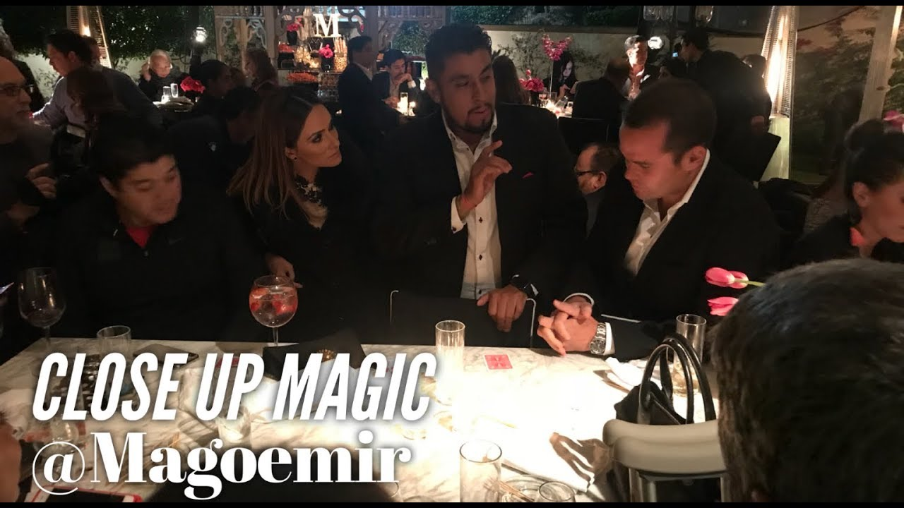 Close Up Magic Show El Mago Emir