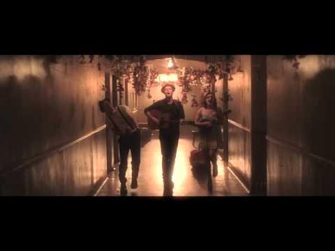 The Lumineers - Ho Hey:歌詞+中文翻譯