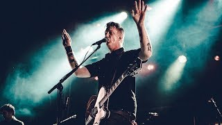 Queens of the Stone Age - Little Sister (live at Studio Brussel)
