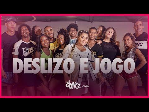 Deslizo E Jogo - Mc Rebecca | FitDance TV (Coreografia Oficial)
