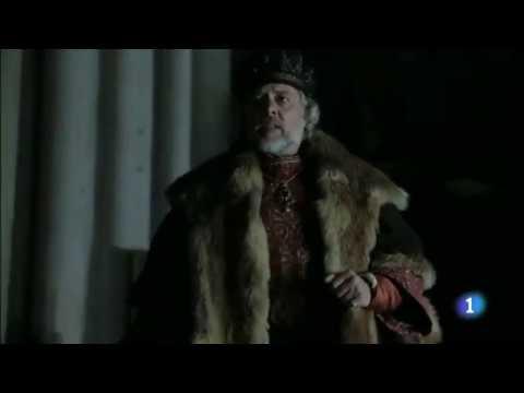 Charles V is elected Holy Roman Emperor (Carlos, rey emperador)