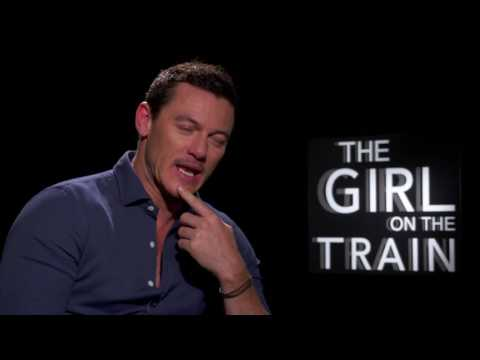 The Girl on the Train: Luke Evans Official Movie Interview