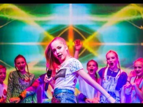 смотреть видео танцев менделеевского ансамбля кристал