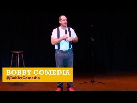Kaput: Bobby Comedia