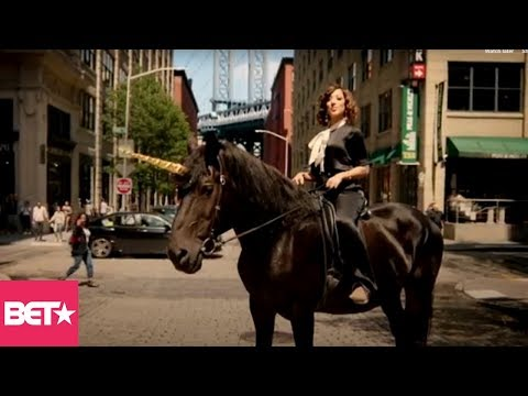 Watch The Incredibly Hilarious And Magical Promo For 'The Rundown With Robin Thede'