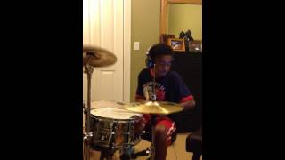 Queens of the Stone Age The Blood Is Love drum cover by Tre