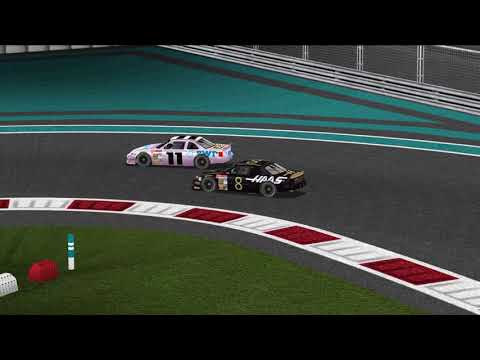 Formula 1 goes closed wheel in Nascar Racing 2003 Season |