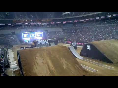 North Power Club - FMX Gladiators Games (8).mp4