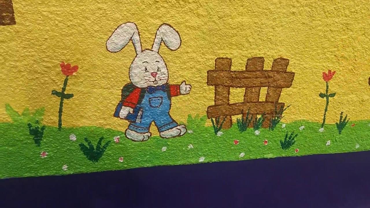 Mural infantil pintado a mano con dibujos de bebes jugando for Fotomurales infantiles para paredes