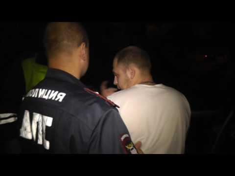 Пьяный на восьмерке Володарского. Место происшествия 28.07.2016