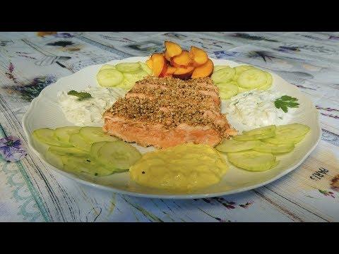 tagliata-di-salmone-al-sesamo-con-salse-allo-yogurt-greco