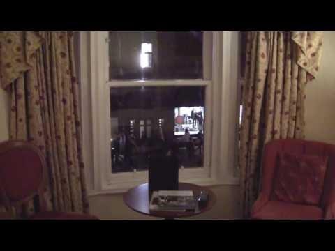 Review: The Old Waverley Hotel, Edinburgh, Scotland - November 2013