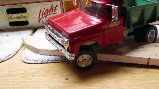 old ford rc tonka dump truck crawling wmv