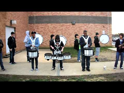 FTHS drumline practices drumline the movie cadence # 2