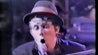 Tom Waits 3 songs live from Rain Dogs