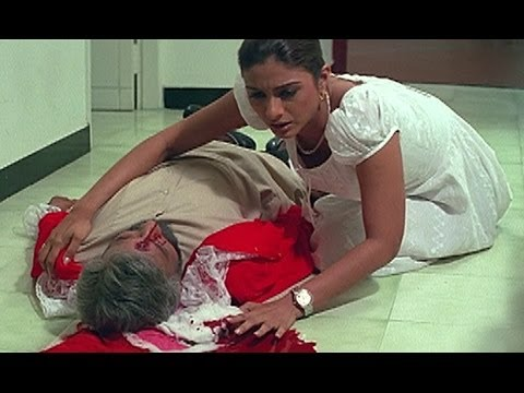 Nedumudi Venu is murdered by a mysterious man - Cover Story