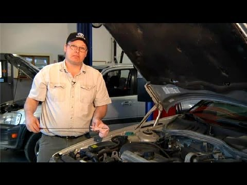 What Is an Indication of Bad Engine Oil? : Car Repair Tips