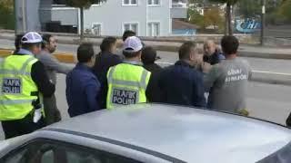 Trafik kazası sonrasında tekme tokat kavga çıktı