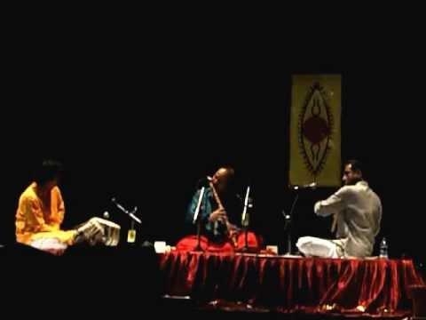Bansuri Maestro Ronu Majumdar @COEP Part 3