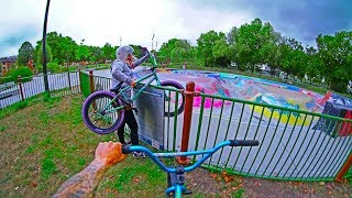 NO BMX ALLOWED: SNEAKING INTO CLOSED SKATEPARK!