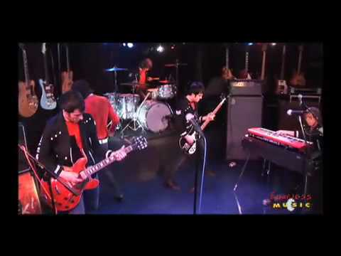 The (International) Noise Conspiracy - Ready Steady - Live On Fearless Music