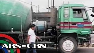 TV Patrol: Estudyante, patay matapos araruhin ng truck ang 10 sasakyan sa Pampanga