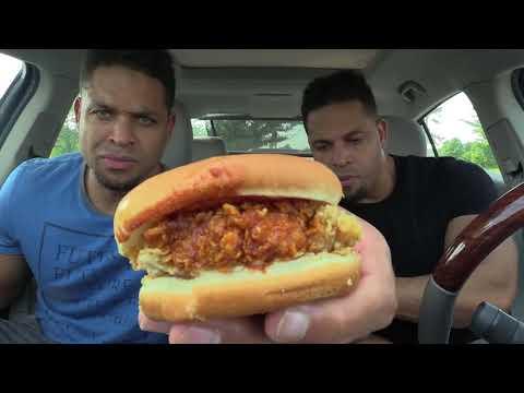 Eating KFC Smoky Mountain BBQ Sandwich @hodgetwins