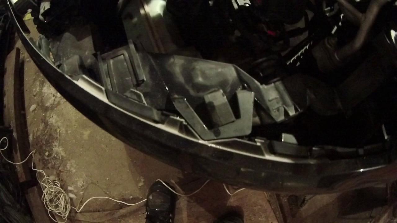 Снятие бампера Ford Focus III. Продолжение.