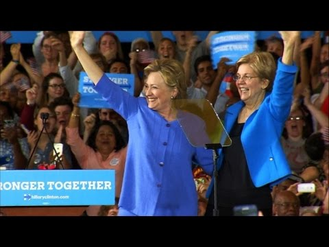Clinton and Senator Warren appear together at campaign event