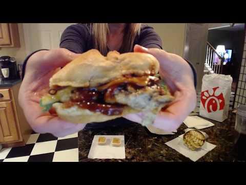 Chick Fil A Smokehouse Bbq Bacon Sandwich Review 2017
