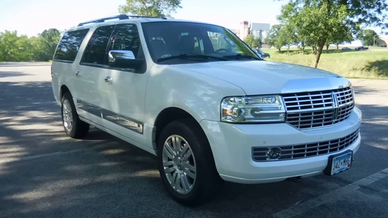 used 2013 lincoln navigator l white platinum 5 4l v8 4wd elk river coon rapids blaine mn. Black Bedroom Furniture Sets. Home Design Ideas
