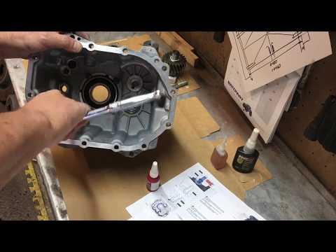 defender-mt-82-gearbox-rebuild.-part-1.