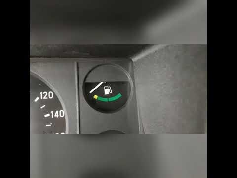 Спокойная стрелка указателя уровня топлива ВАЗ 2107;2105...