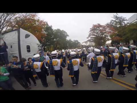 Notre Dame Band March Out to Stadium