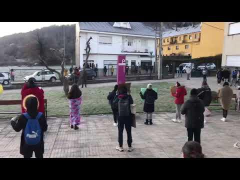 Educación León: Protesta de los alumnos del IES La Gándara de Toreno por el frío