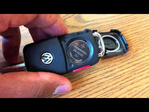 Changing the battery on a VW key 3rd generation key 2009 and later